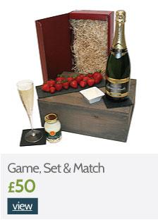 Champagne, strawberries and Cream Hamper