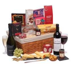 Traditional hamper