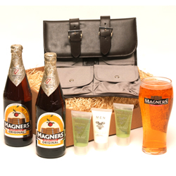 TRAVEL CASE & CIDER FOR DAD