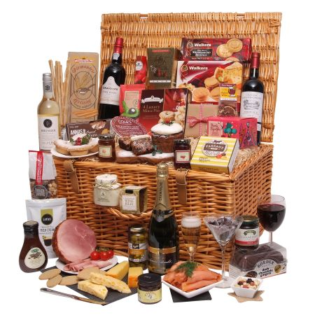 Enjoy Xmas with a wonderful Christmas Hamper