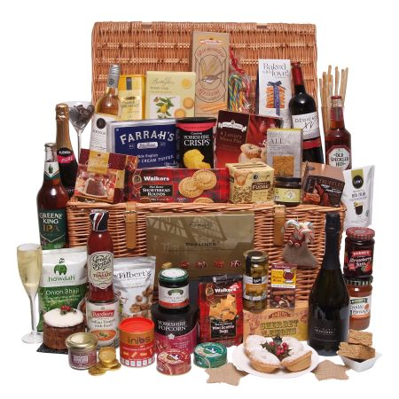 Enjoy Christmas with a wonderful Christmas Hamper